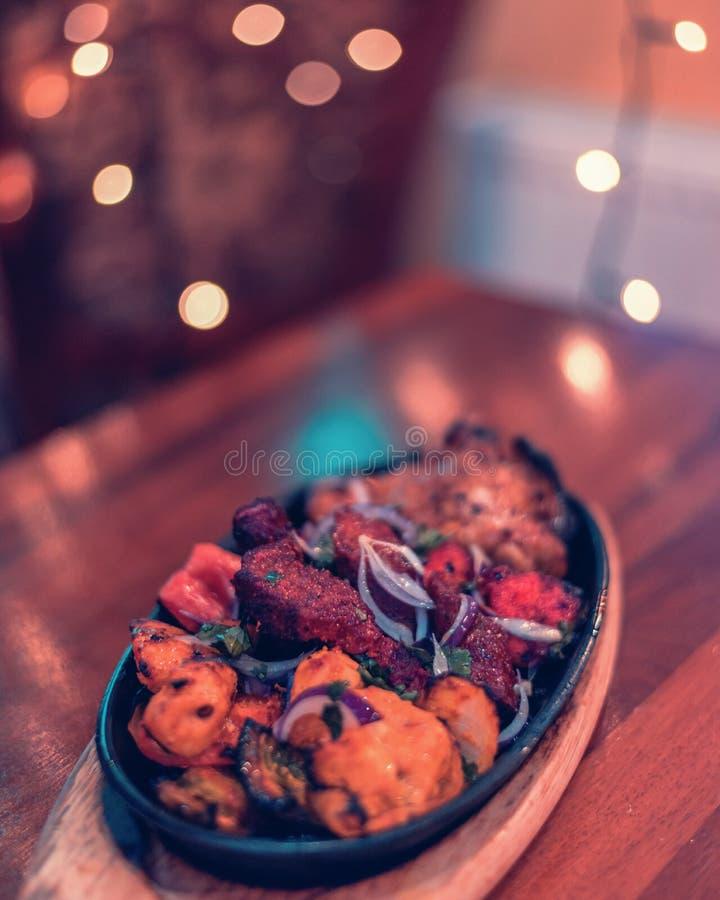 Curry autentico del pollo di subcontinente indiano fotografia stock