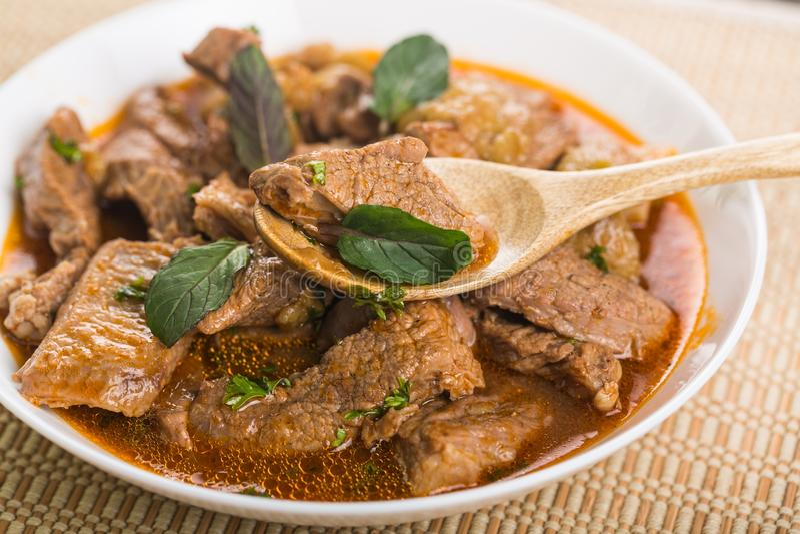 Download Curry Del Pesce Del Kerala In Una Ciotola Immagine Stock - Immagine di ciotola, indiano: 117980809