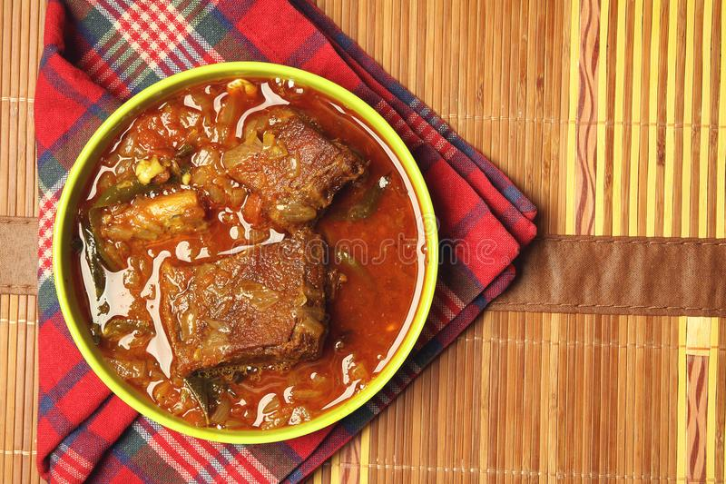 Curry indiano del pesce essiccato immagini stock libere da diritti