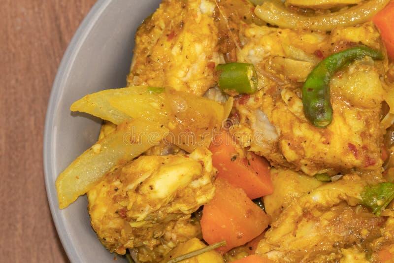 Curry piccante del pesce e dei peperoncini rossi fotografie stock libere da diritti