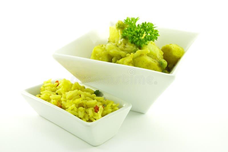 Curry in una ciotola bianca fotografia stock libera da diritti
