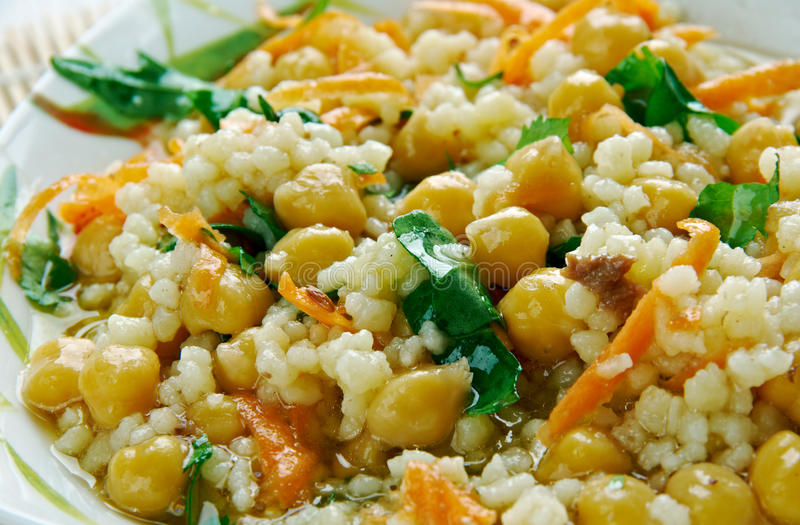Currykuskus-Salat lizenzfreies stockbild