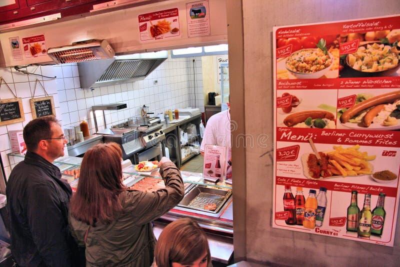 Currywurst i Berlin royaltyfri bild
