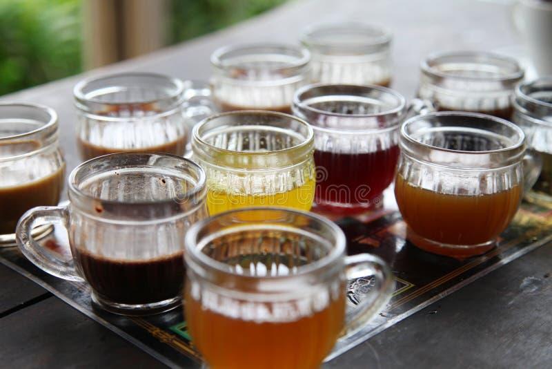 Curso de Ásia: cerimônia de chá, Bali foto de stock