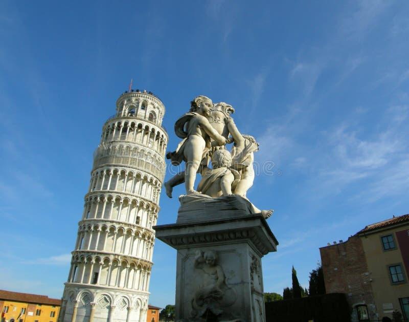 Curso de Pisa da carne sem gordura da torre de Italy   imagem de stock