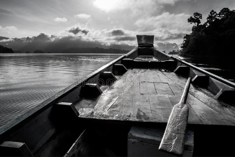 curso do barco no suratthani Tailândia imagens de stock royalty free