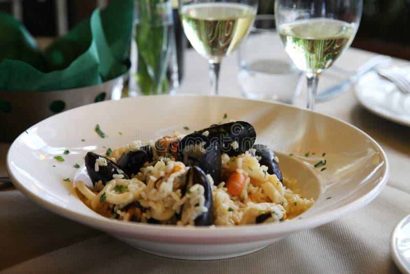 Curso Itália: risoto delicioso para o almoço fotografia de stock