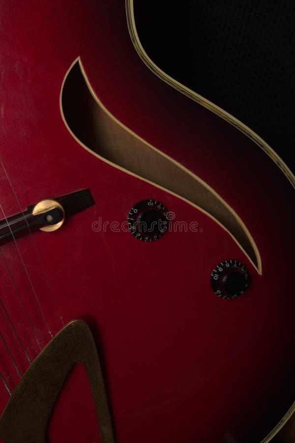Curvas de la guitarra del jazz imágenes de archivo libres de regalías