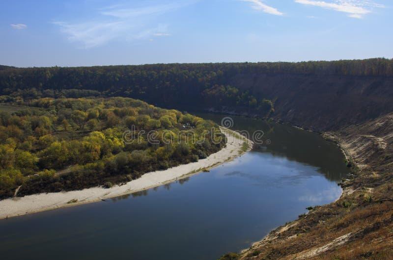 Curvatura do rio fotografia de stock royalty free