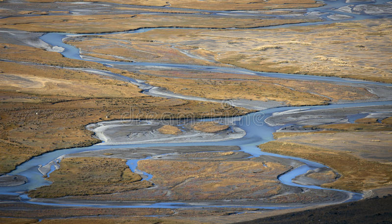 Curvatura nel fiume fotografia stock libera da diritti