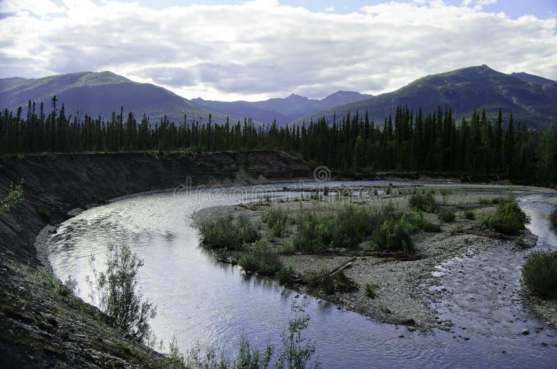 Curvatura selvagem do rio fotos de stock