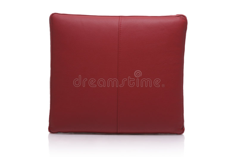 Download Cuscino di cuoio rosso fotografia stock. Immagine di cuscino - 7302694
