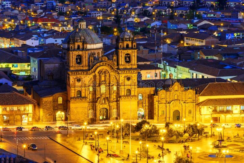 Cusco, Peru i kościół społeczeństwo Jezus, - przegląd plac De Armas fotografia stock