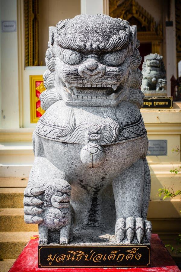 Custodia di pietra dei leoni immagine stock libera da diritti