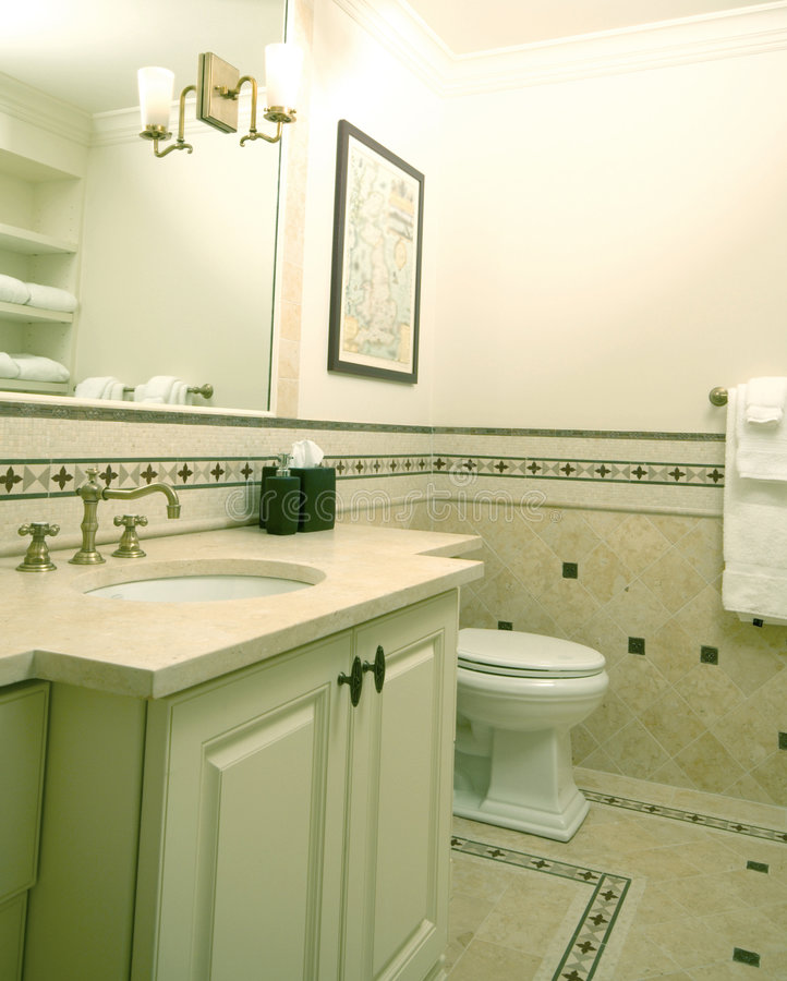 Upscale Master Bath Stock Image. Image Of Ceramics, Basin