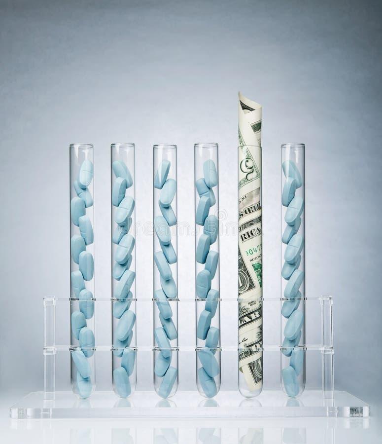 Custos farmacêuticos da pesquisa imagens de stock royalty free