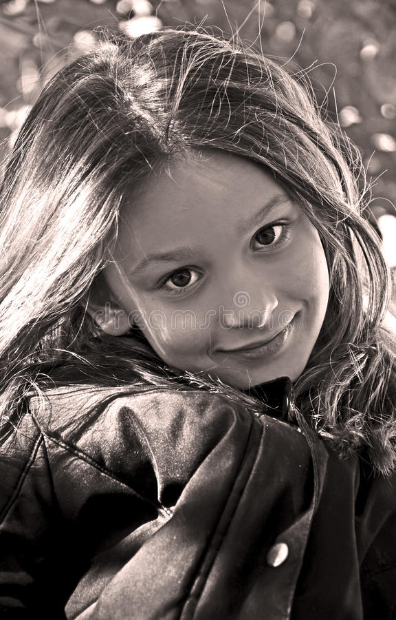 Free Cute Little Girl Sepia Stock Photography - 27983212