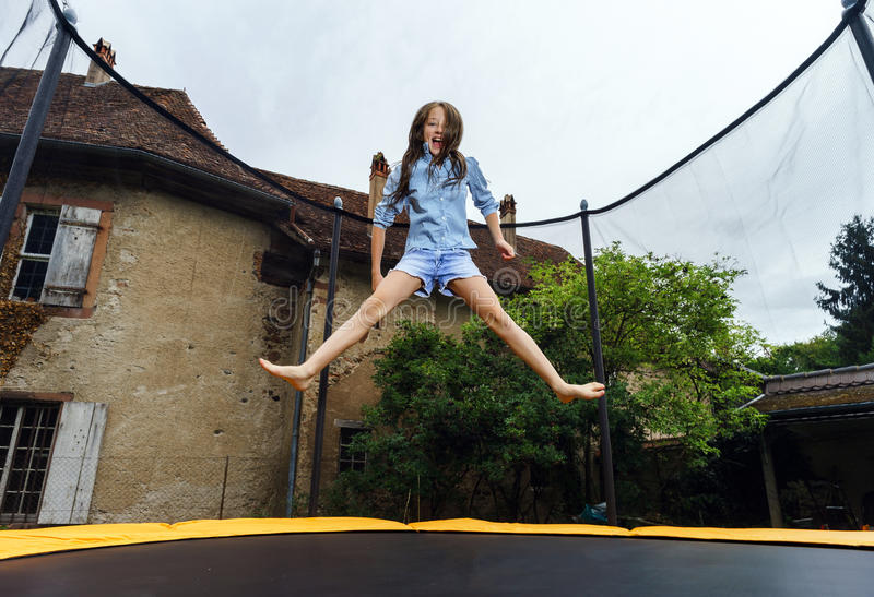 Hardcore homemade teen girls jumping on trampolines