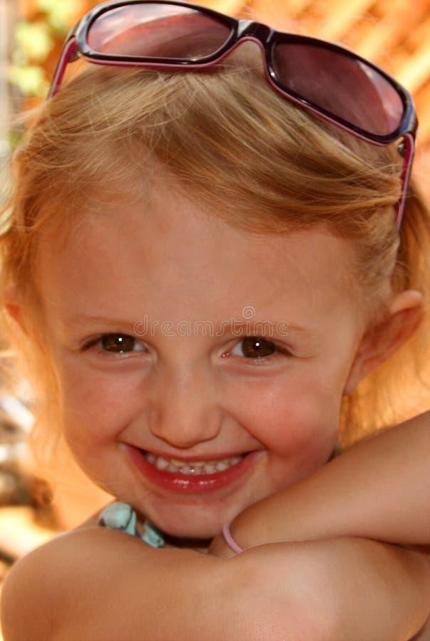 cutie γυαλιά ηλίου στοκ φωτογραφία