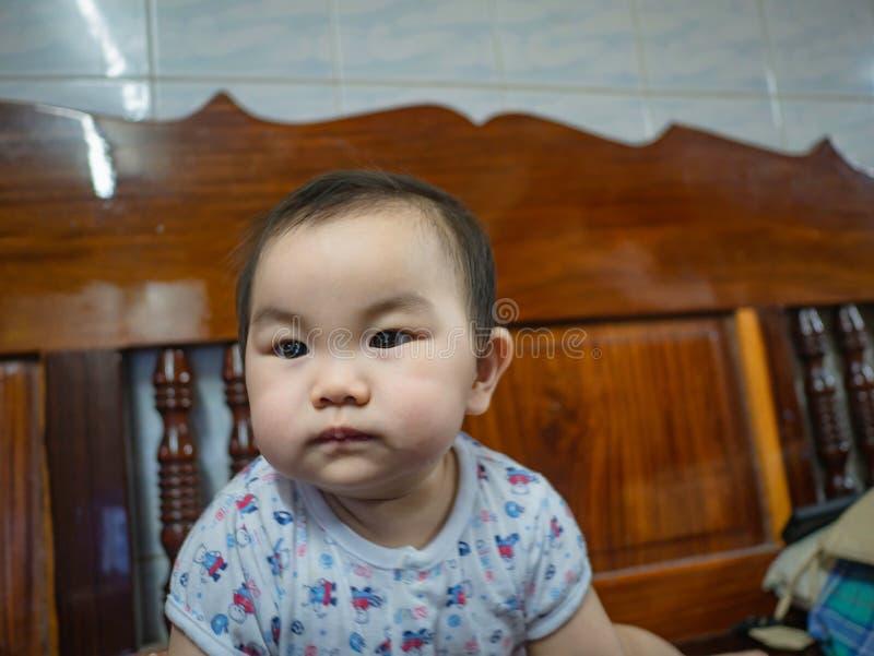 Cutie och fet asiatisk pojke royaltyfria foton