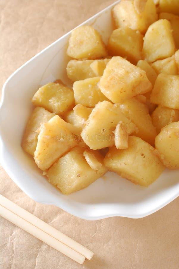 Cutted烹调了土豆 库存图片