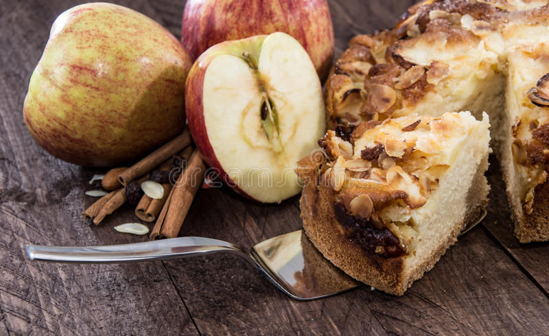 Cutted Apple Pie royaltyfri foto