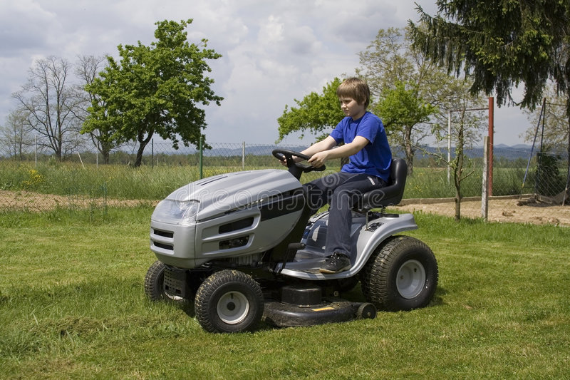 Download Cutting lawn stock image. Image of maintenance, mowing - 5164305