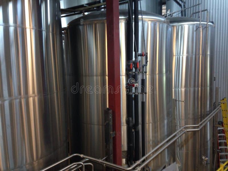 Cuves de brassage de bière image libre de droits