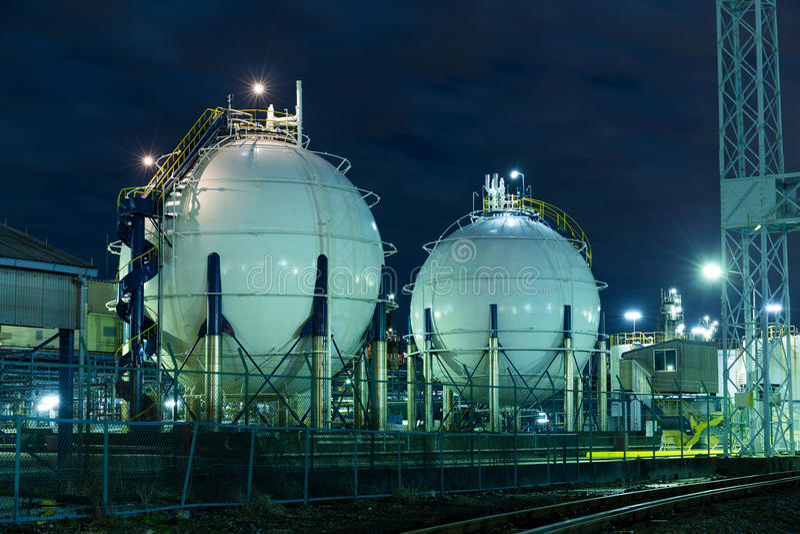 Cuves de stockage de gaz photo libre de droits