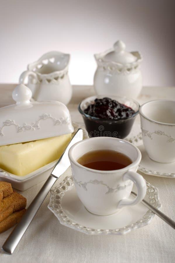 Cuvette avec du thé anglais photo libre de droits