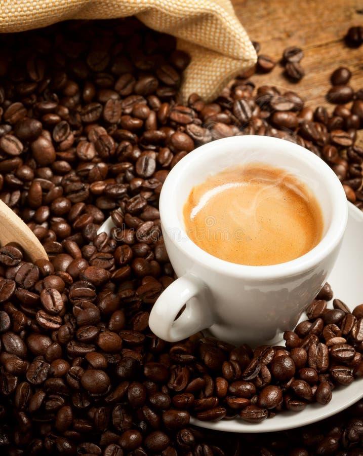 Cuvette chaude de café express photo stock