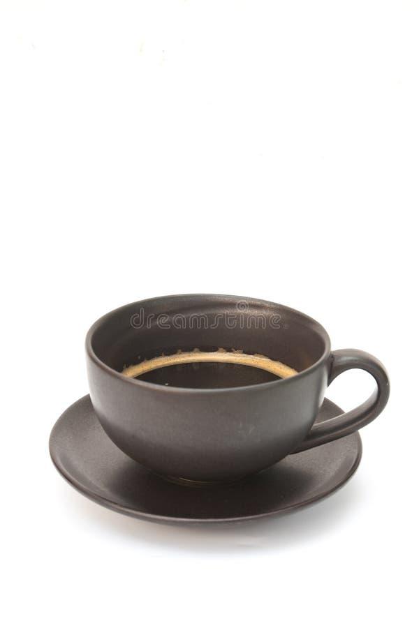 Cuvette de café chaude sur le blanc photos stock