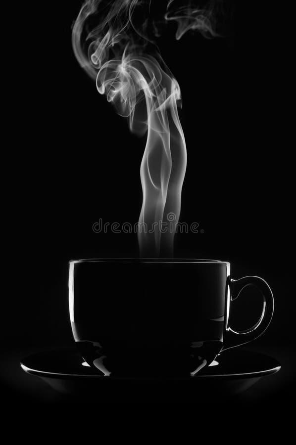 Cuvette de café sur le bllack images libres de droits