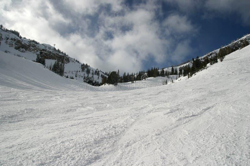 Cuvette de pente de ski image libre de droits