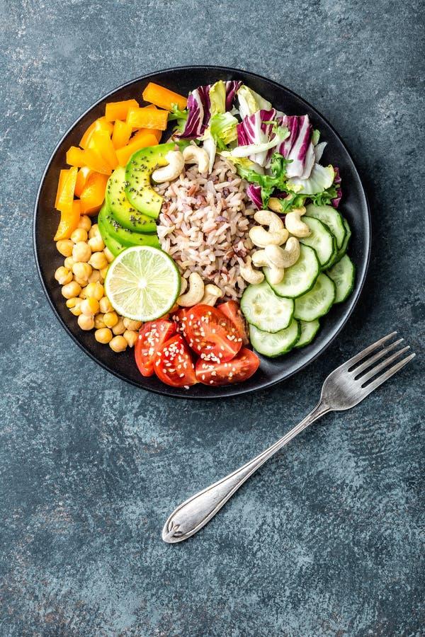Cuvette végétarienne de Bouddha de salade photos stock