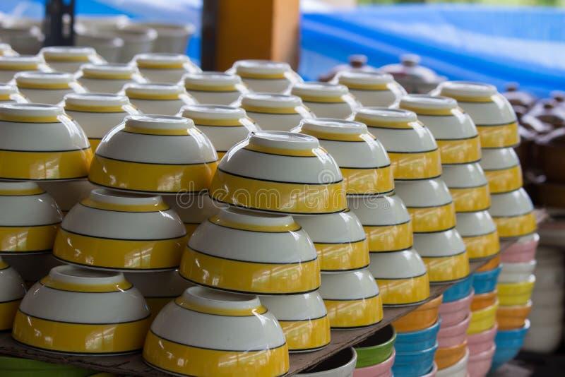 Cuvettes colorées de pile photo libre de droits