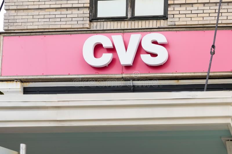CVS-Apotheekopslag in de stad van Fort Worth CVS is de grootste apotheekketting in de Verenigde Staten royalty-vrije stock foto's