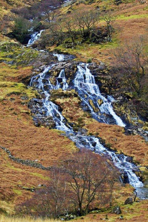Cwm-y-Llan, waterval die van Snowdon tuimelen royalty-vrije stock foto