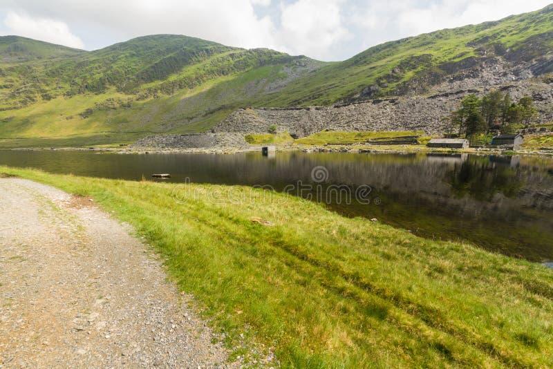 Cwmorthin, wisząca dolina w Północnym Walia z łupek kopalnią obraz royalty free