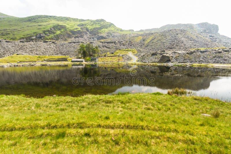 Cwmorthin, wisząca dolina w Północnym Walia z łupek kopalnią zdjęcia stock