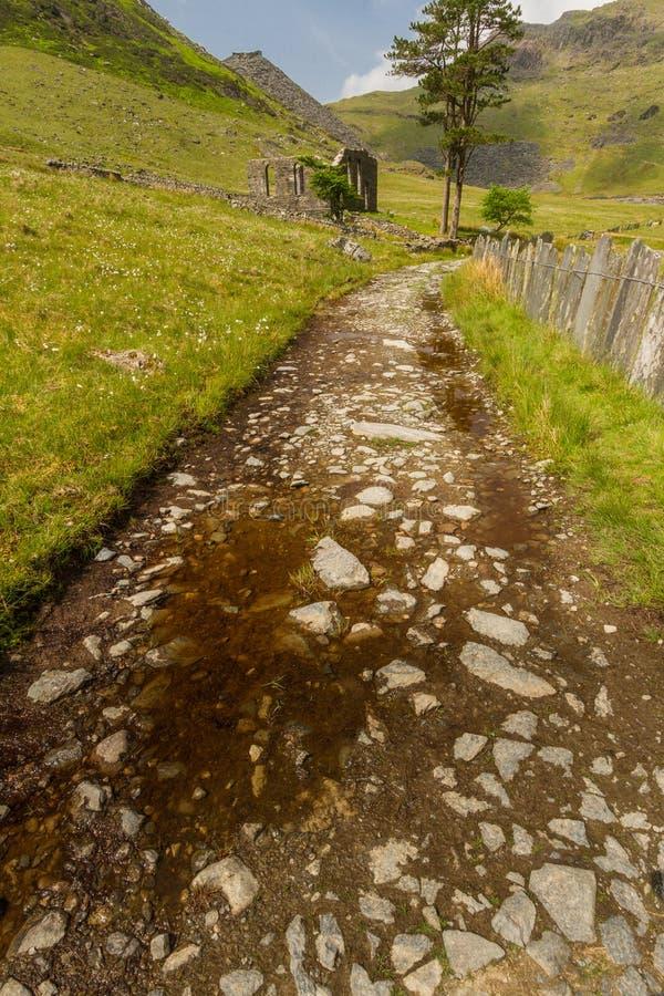 Cwmorthin, wisząca dolina w Północnym Walia z rujnującą kaplicą zdjęcie royalty free