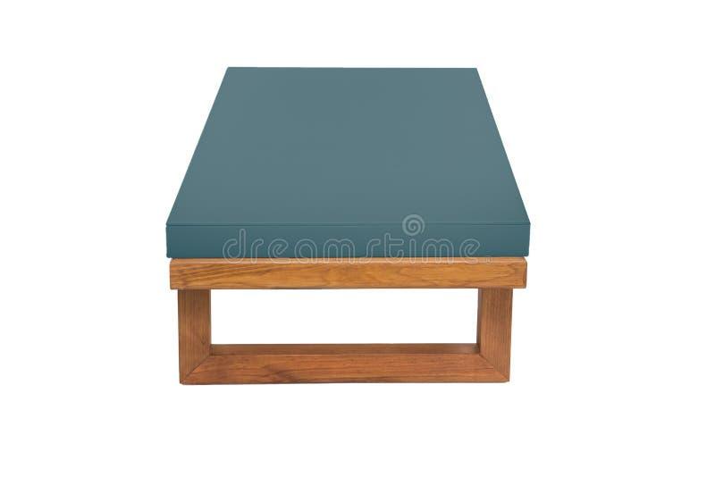 Cyan-blaue h?lzerne moderne Tabelle auf wei?em Hintergrund lizenzfreies stockfoto