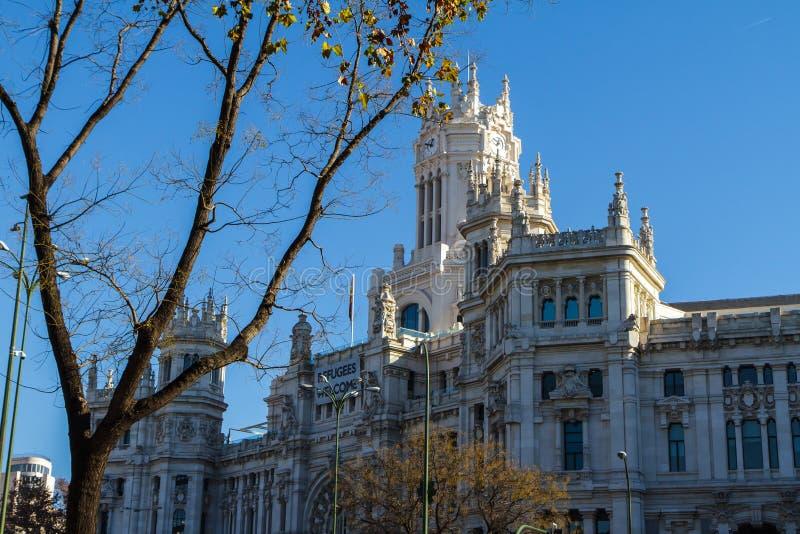 Cybele Palace, vroeger het Paleis van Mededeling in Madrid, Spanje Momenteel de zetel van Gemeenteraad 29 12.2016 stock fotografie