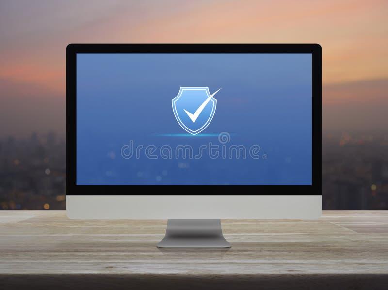 Ασφάλεια Διαδικτύου τεχνολογίας cyber και σε απευθείας σύνδεση έννοια αντι ιών ελεύθερη απεικόνιση δικαιώματος