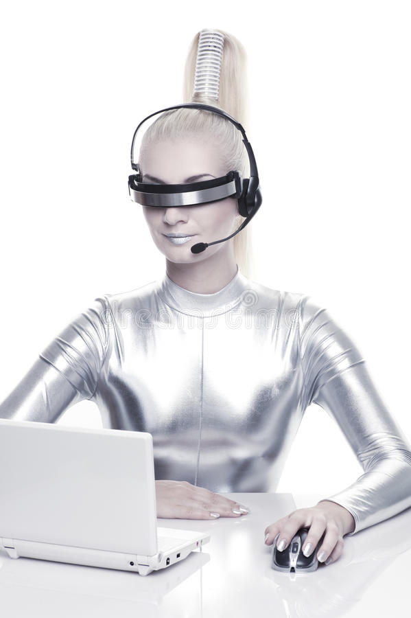 cyber henne bärbar datorkvinnaworking arkivfoto
