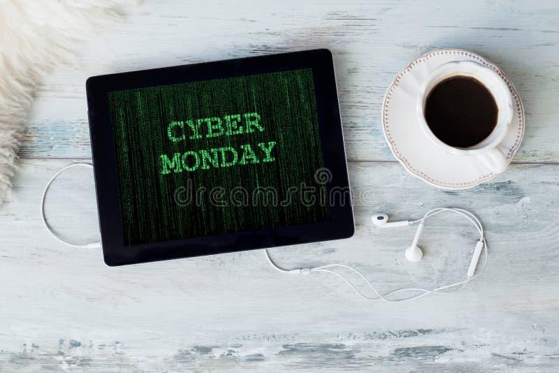 Cyber Montag auf Tablette stockfoto