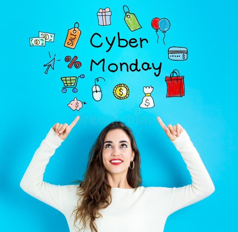 Cyber Montag mit der jungen Frau, die aufwärts schaut lizenzfreies stockfoto