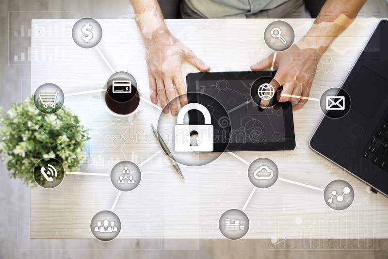 Cyber ochrona, dane ochrona, ewidencyjny bezpieczeństwo i utajnianie, internet technologia i biznesu pojęcie zdjęcie stock