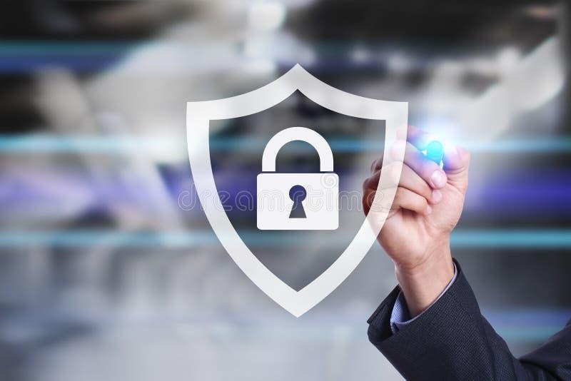 Cyber ochrona, dane ochrona, ewidencyjny bezpieczeństwo i utajnianie, internet technologia i biznesu pojęcie zdjęcia stock