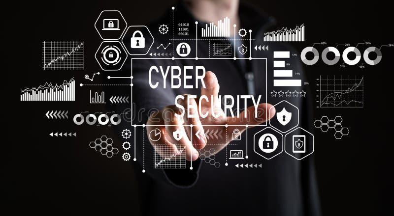 Cybersäkerhet med affärsmannen arkivfoto